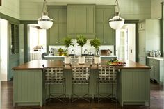 12 Ways to Update Your Kitchen: Add Color to the Kitchen