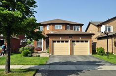 3422 Pintail Cir, Mississauga, ON. 0 bed, 0 bath, $659,000. Double Door Entrance...