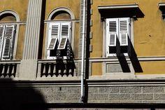 Typisch Italienisch, oder? Die Fenster in Triest  ... #triest #friaul #fenster #italien