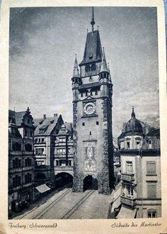 Südseite Martinstor 1930er Jahre - Schöne Postkarte mit einer Ansicht der Südseite des Freiburger Martinstor. Das Aufnahmedatum ist leider nicht genau bekannt, dürfte aber zwischen 1920 und 1940 liegen.  Vielen Dank für dieses Bild an unseren Facebook-Fan Tina Münz.  /*  */