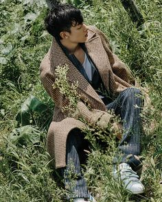 Joo Eo Jin by Kim Hyung Sik for Esquire Korea Sept 2015