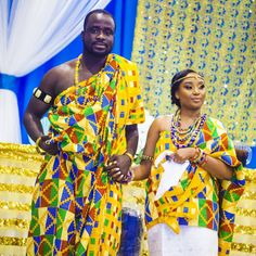 """Wonderful display of color and culture.  Congrats to Mr & Mrs Appiah Kubi. #aximpixels #idoelitelist #idoghanaweddings #traditional @idoghana #iloveghana…"""