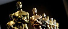 http://mundodecinema.com/oscares-2016/ - O ano de 2015 encheu salas de cinema e viu passar pelos grandes ecrãs títulos que, no final de fevereiro, vão de certeza dar que falar durante a cerimónia de entrega dos Óscares pela Academia. Ainda que os nomeados não tenham sido anunciados – o anúncio só será feito no dia 14 de janeiro – decidimos que estava na hora de apontarmos aqueles que nos parecem ser os filmes mais prováveis de, em 2016, levarem uma estatueta para casa.