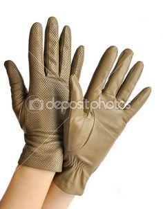 Un par de guantes de cuero de las mujeres elegantes — Foto de Stock