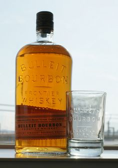 How much is that bourbon in the window? Bulleit Bourbon, Bourbon Drinks, Bourbon Whiskey, Scotch Whisky, Whiskey Girl, Good Whiskey, Totally Awesome, Awesome Stuff, Best Bourbons