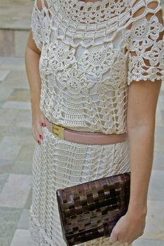 Vanessa Montoro. Pattern here http://www.liveinternet.ru/users/tanya_belyakova/rubric/2321206/
