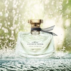 Uh oh...another spring fragrance that's catching my fancy - Bulgari Mon Jasmin Noir L'eau Exquise! I have the original Mon Jasmin Noir and love it - this version supposedly has kicked up notes of pomelo and almond...