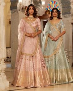 16 Ideas bridal saree banarasi for 2019 Banarasi Lehenga, Indian Lehenga, Sharara, Sabyasachi, Pakistani Wedding Outfits, Bridal Outfits, Bridal Dresses, Indian Dresses, Indian Outfits
