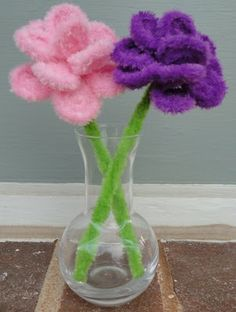 Pipecleaner flowers
