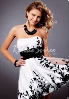 robe blanche et noir   Robe-de-Cocktail-Courte-Sexy-Noir-sur-Blanc-a-bustier.