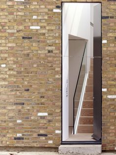 Dalston Studio / Cassion Castle Architects