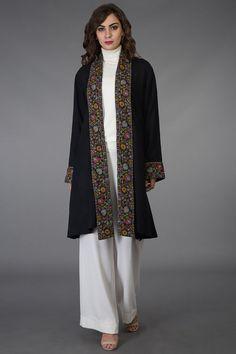 Flared pants with turtle neck and jacket Indian Fashion Dresses, Kimono Fashion, Indian Outfits, Fashion Outfits, Kurti Neck Designs, Kurti Designs Party Wear, Mode Abaya, Mode Hijab, Pakistani Dress Design