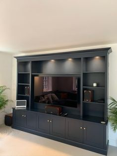 Built In Wall Units, Built In Shelves Living Room, Tv Built In, Living Room Wall Units, Living Room Tv Unit Designs, Home Living Room, Tv Units With Storage, Tv Wall Unit Designs, Tv Wall Units
