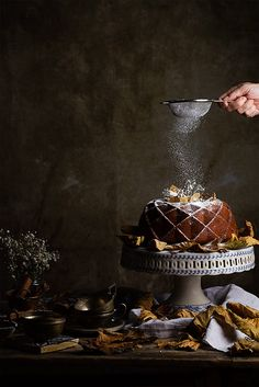 """raquelcarmona: """"Bund cake de calabaza by Raquel Carmona http://www.lostragaldabas.net/bundt-cake-de-calabaza/ """""""