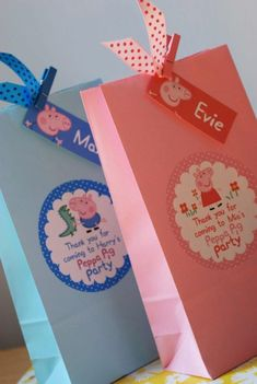 Best Images about Peppa Pig Birthday Party Fiestas Peppa Pig, Cumple Peppa Pig, Pig Birthday, 3rd Birthday Parties, Birthday Ideas, George Pig Party, Childrens Party Bags, Valentino, Peppa Pig Party Ideas