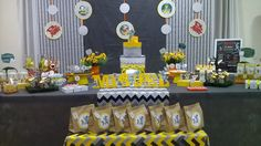 Tom Et Jerry, Birthday Ideas, Birthday Parties, Party Themes, Party Ideas, Toms, Candy, Table Decorations, Festival Themed Party