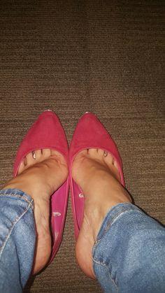 Pink High Heels, Hot High Heels, Beautiful High Heels, Gorgeous Feet, Nylons Heels, Stiletto Heels, Stilettos, Feet Soles, Women's Feet