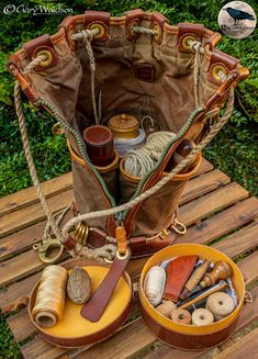 Leather Pouch, Leather Men, Bushcraft Equipment, Decorative Knots, Duffle Bag Travel, String Bag, Craft Bags, Kydex, Leather Projects