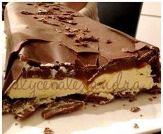 Recipe Mars Bar Cheesecake by alycealexandra, learn to make this recipe easily in your kitchen machine and discover other Thermomix recipes in Desserts & sweets. Thermomix Cheesecake, Thermomix Desserts, Cheesecake Bars, Cheesecake Recipes, Sweets Recipes, No Bake Desserts, My Recipes, Free Recipes, Bellini Recipe