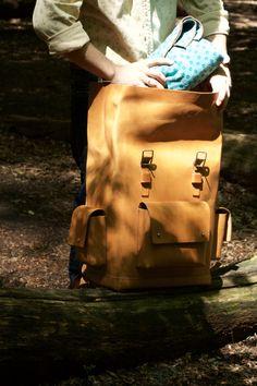 "Rucksack ""Habana"" Leather Design, Backpack Bags, Cool Designs, Backpacks, Handmade, Accessories, Travel Bags, Handbags, Leather"