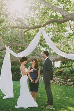 outdoor wedding ceremony http://www.weddingchicks.com/2013/09/16/malibu-beach-wedding/