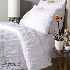 This ruched duvet cover uses cotton chile fabric (extra soft and comfy) to make a parachute or ruched gathered look. This duvet cover will look great draped off your bed with the rest of your Decor 2 Ur Door bedding or as your main duvet paired with Decor 2 Ur Door pillows and accessories galore! Decorate a dorm room. Dorm room bedding and décor. Dorm room decor trends. College dorm room bedding sets. College dorm room bedding sets. Design your own dorm room bedding.