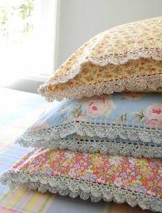 Beautiful pillowslips with crochet edging @ Rosehip