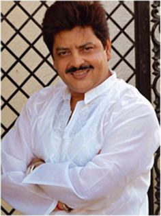See Udit Narayan pictures, photo shoots, and listen online to the latest music. Legendary Singers, Famous Singers, Allu Arjun Wallpapers, Udit Narayan, Background Images For Editing, Bollywood Celebrities, Latest Music, Saree Wedding, Photo S