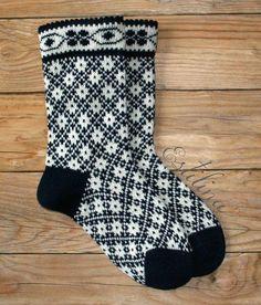1418725161 728 Source by Fair Isle Knitting, Knitting Socks, Hand Knitting, Plaid Crochet, Knit Crochet, Knitting Patterns, Crochet Patterns, Crochet Summer Dresses, Stocking Tights