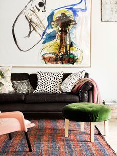 beautiful statement art in this living room