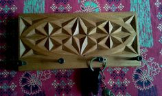 Porta chaves em cedro / Keychains cedar