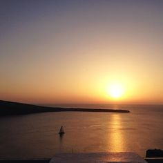 The magnificence of Photo by: Santorini Sunset, Social Media Art, Around The Worlds, This Or That Questions, Vacation, Places, Outdoor, Outdoors, Vacations