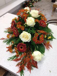 Floral Design, Floral Wreath, Wreaths, Table Decorations, Flowers, Home Decor, Floral Crown, Decoration Home, Door Wreaths