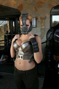 Girl Bane Cosplay - Awesome!!!