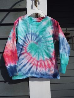 Youth /& Adult NWOT Rainbow Swirl Tie-Dye Long Sleeve Pullover Hoodie Sweatshirt