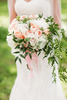 Gorgeous bouquet: http://www.stylemepretty.com/2015/04/21/rustic-chic-farmhouse-wedding/ | Photography: Katelyn James - http://katelynjames.com/