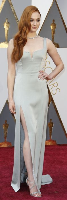 Sophie Turner in Galvan on the Oscars red carpet (Photo: Noel West for The New York Times)
