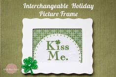 Interchangeable Holiday Picture Frame Tutorial