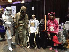 Barnaby makes no bones about making new friends at Hamilton Comic Con 2015 Hamilton Comics, Book Signing, Make New Friends, Bones, Comic Con, Dice, Legs