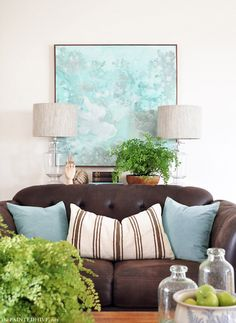 This is a fine illustration of @angelohome's suggestion to move furniture away from walls. — The Power of Accessorising