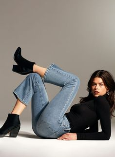 Welcome to Link in bio. - in The Bailey Crop Flare by Denim Forum - Studio Photography Poses, Studio Poses, Portrait Photography Poses, Photography Poses Women, Studio Shoot, High Fashion Poses, Fashion Model Poses, Fashion Models, Fashion Outfits