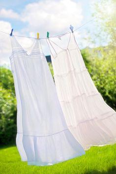 Unusta kunstlike lõhnaainetega pesupulbrid! Selleks, et voodipesu ja riided meeldivalt lõhnaks, võib hoopis valmistada loodusliku lõhnastaja.