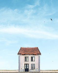 <p>The Lonely House Project is a graphic photography series by Venezuelan scientist and visual artist Manuel Pita aka Sejkko. Capturing the crystal blue skies and Portugese architecture, his frames re