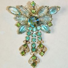 Vintage Juliana D Art Glass Rhinestone Filigree Butterfly Brooch