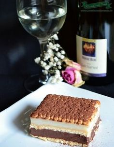 Prajitura rapida cu budinca de casa Fancy Desserts, No Cook Desserts, Delicious Desserts, Cake Recipes, Dessert Recipes, Good Food, Yummy Food, Romanian Food, Sweets Cake