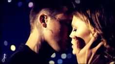 roman and emery star crossed Samantha Jade Soldier, Star Crossed Cast, Aimee Teegarden, Matt Lanter, Cute Actors, Big Star, Best Part Of Me, Favorite Tv Shows, Movies And Tv Shows