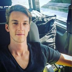 Find images and videos about ski jumping and gregor schlierenzauer on We Heart It - the app to get lost in what you love. Andreas Wellinger, Ski Jumping, Skiing, Handsome, Portrait, Jumpers, Austria, Kiss, Sky