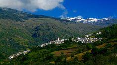 Capileira ( #Granada), by @vuelaviajes