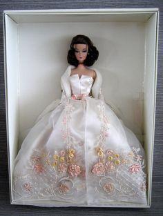 Details zu Beautiful Silkstone Lady of the Manor Barbie NRFB Fashion Model…