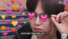 Image discovered by 𝑪𝒂𝒓𝒐⁷. Find images and videos about love, kpop and bts on We Heart It - the app to get lost in what you love. Taehyung, Namjoon, Hoseok, Jin, Meme Pictures, Reaction Pictures, Bts Suga, Memes Chinos, Bts Emoji